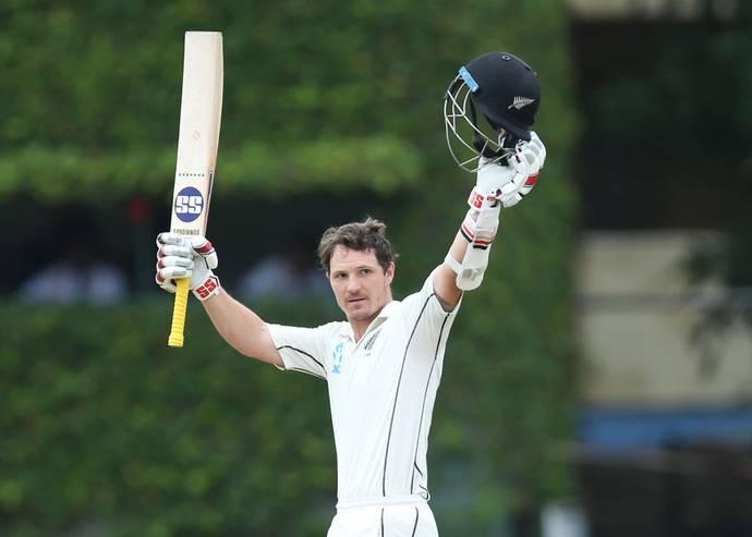 New-Zealand tighten their clutches upon England, Watling double, Santner outstanding performance