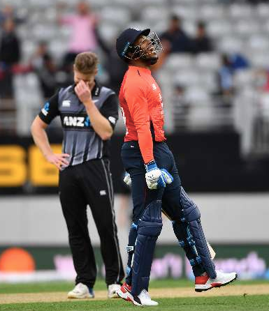 Sam Billings pulls off an MS Dhoni-like run-out at the Eden Park against New Zealand