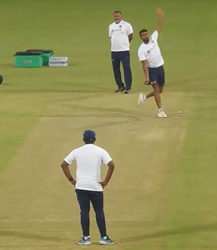 India vs Bangladesh: Watch Ravichandran Ashwin Imitating Sanath Jayasuriya Bowling Action In Pink Ball