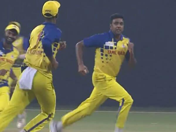 Syed Mushtaq Ali Trophy: Ravichandran Ashwin Imitates Imran Tahir After Taking Two Wickets Against Karnataka